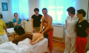 Ukázka průběhu kurzu | ZÁZRAKY DUŠE - Masérské kurzy Ostrava